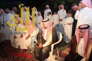 """أمير """"الباحة"""" يقدم التعازي والمواساة لأسرة الشهيد """"الزهراني"""""""