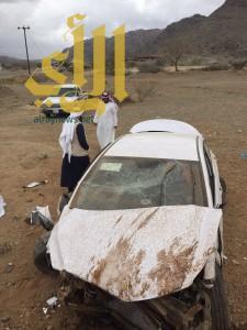 """تقلبات الأجواء في الباحة تخلف """"11"""" حادثاً مروريا و""""19″ إصابة"""