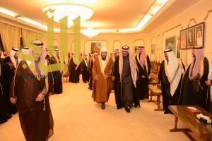 أمير الباحة يستقبل أصحاب الفضيلة وشيوخ القبائل بقصر البريدة