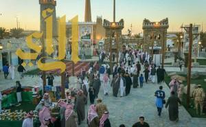 قرية الباحة بالجنادرية تشهد إقبالاً كبيراً