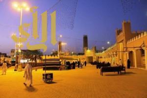 الأمير فيصل بن مشعل يعتمد مبادرة سياحة القصيم لـ (تحفيز) الحرفيين في مركز الحرف والتراث الوطني في بريدة