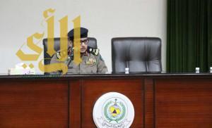 مدير الدفاع المدني بمكة المكرمة يبحث آلية تطوير العمل الميداني والإداري لمنسوبيها