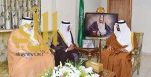 أمير نجران يلتقي مدير فرع وزارة التجارة والصناعة بالمنطقة
