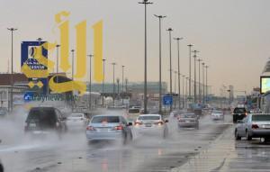 أمطار الخير والبركة تهطل على مدينة الرياض
