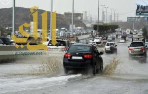 أمطار الخير وبركة تهطل بغزارة على منطقة عسير