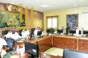 الحجيلي يترأس اجتماع القيادات المالية بصحة عسير