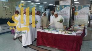 مكتب توعية الجاليات بمحافظة الخميس يقيم معرض ومحاضرات بمستشفى الخميس العام