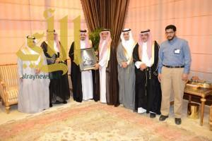 أمير منطقة عسير يستقبل رئيس وأعضاء الهيئة السعودية للمهندسين