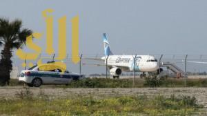 انتهاء أزمة الطائرة المصرية المختطفة واعتقال الخاطف