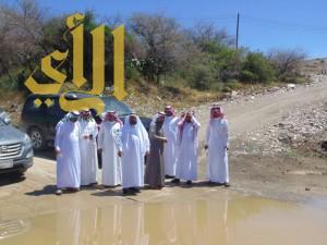 بلدي القرى يقف على المشاريع ميدانياً ويستمع لشكاوى المواطنين