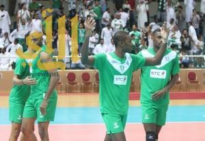 الأهلي السعودي للطائرة يفوز على صحار العماني في البطولة الخليجية الـ 35