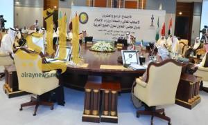 وزراء الإعلام بمجلس التعاون: منع التعامل مع أي قنوات محسوبة على حزب الله