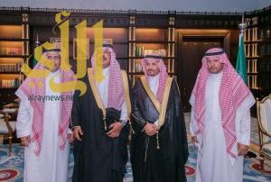أمير الباحة يتسلم تقرير الخطوط السعودية السنوي بمكتبه بالإمارة