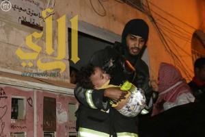 مدني مكة يتمكن من إخلاء 36 حالة من مبنى إثر حريق