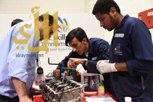 تنافس كبير بين 80 شاباً وخبيراً خليجياً على جوائز 8 مهارات تقنية ومهنية