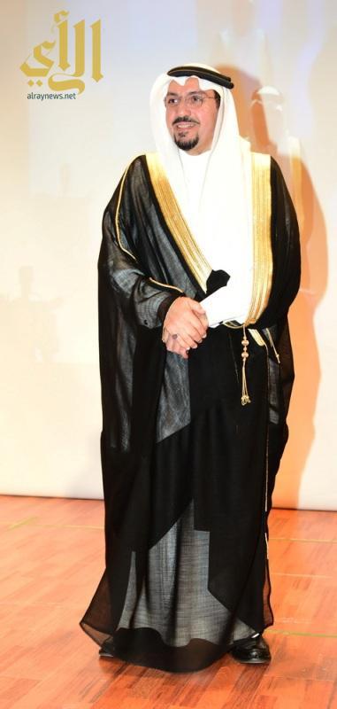 يوسف الخليفي حفل ملتقى الاعاقة الجفالي 3  7  1437_136_resize