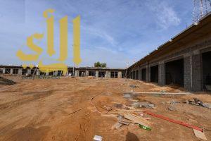 أمانة نجران تواصل العمل في تأهيل وتطوير سوق الفواكه والخضار واللحوم بحي الفيصلية