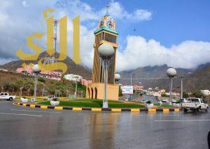 أمطار  الرحمة والبركة تهطل على محافظة رجال ألمع