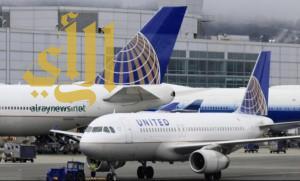 طائرة أمريكية تهبط اضطرارياً بسبب راكب يمارس (اليوجا)