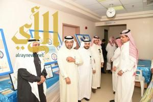 المدير التنفيذي لمستشفى بلجرشي يفتتح المعرض التوعوي المفتوح