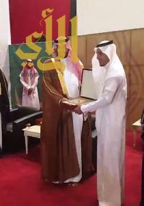 الأمير تركي بن محمد بن فهد يكرم أمانة الشرقية