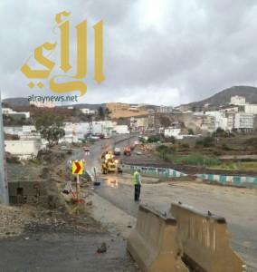 """بلدية """"بني عمرو"""" تكثف استعدادها لمواجهة الأمطار"""