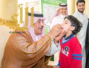 أمير الباحة يدشن الأسبوع الدولي للتحصين بديوان الإمارة