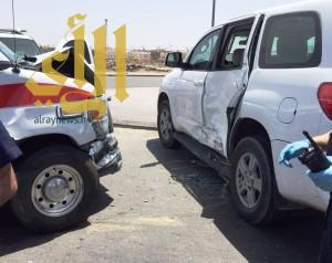 """فرقة إسعافية تتعرض لحادث تصادم أثناء عملها بمنطقة """"عروة"""""""