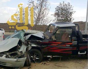 وفاتين واصابة حرجة بحادث مروري على طريق الملك عبدالله بأبها