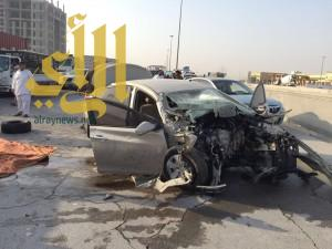 وفاة شخص وإصابة ثلاثة آخرين بحادث مروري مقابل معارض الدمام