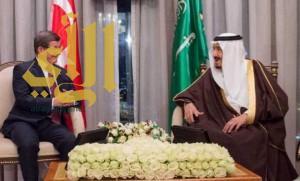 خادم الحرمين يبحث مع رئيس الوزراء التركي التعاون الثنائي