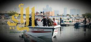 إماراتيان يسبحان 6 ساعات بعد غرق قاربهما في دبي