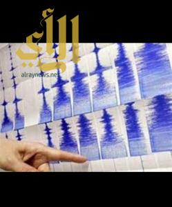 زلزال عنيف بقوة 7,4 درجات يضرب الأكوادور وتحذير من تسونامي