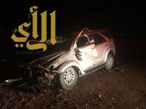 إصابة خمسة شبان بإنقلاب مركبتهم على طريق الملك عبدالله بسكاكا
