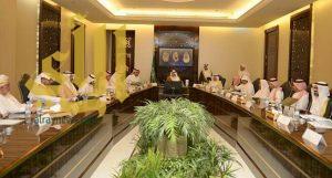 الأمير خالد الفيصل يؤكد ضرورة الالتزام بالهوية المكية في المشاريع