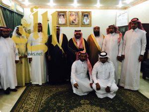 رئيس وأعضاء المجلس البلدي ورئيس بلدية الحرجة يزورون محافظ ظهران الجنوب