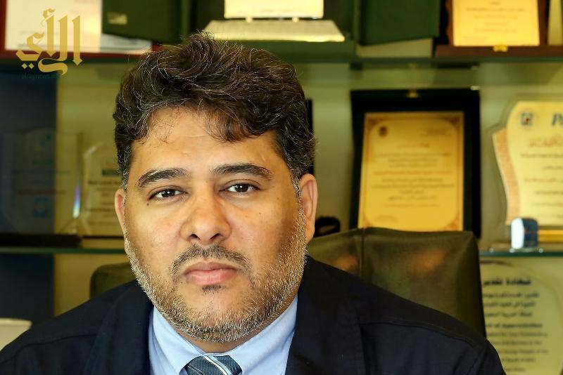 صورة المهندس شاكر الظاهري عميد الكلية