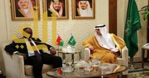 وزير الخارجية يشيد بمواقف بوركينا فاسو الداعمة للمملكة