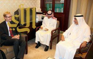 رئيس لجنة الصداقة البرلمانية السعودية الدنماركية يجتمع مع سفير الدنمارك لدى المملكة