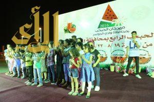 مهرجان الحبحب الرابع يواصل فعالياته في يومه الثاني