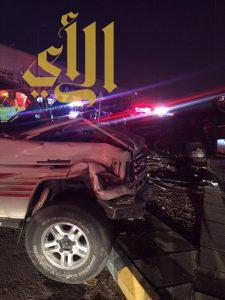 حادث إنقلاب عائلة أمام مستشفى اليمامة بالرياض يصيب 6 أشخاص