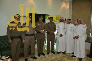 مدير بريد الباحة يستقبل عدد من ضباط وأفراد الأمن العام
