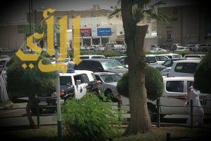 مجموعة مسلحة تقتحم مستشفی الملك خالد بحائل