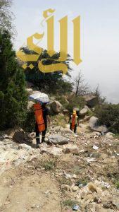 مدني الباحة يحرر فريق سياحي محتجز في عقبة الحميدة ببلجرشي