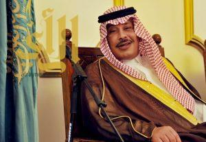 أمير الباحة يتابع أوضاع المنطقة فيما تشهده من أمطار غزيرة