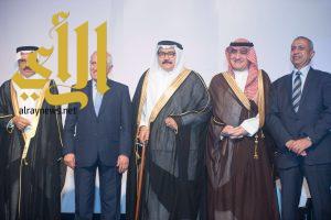 جامعة الأعمال والتكنولوجيا السعودية تكرم أربعة من رواد العلم والعمل