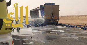 احتراق شاحنة محملة بأسيد على طريق الرياض – القصيم