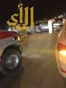 إصابة خطيرة بحادث مروري على طريق عثمان بن عفان بالرياض