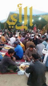 مشروع إفطار الصائم بالأمواة يقدم 150 وجبة