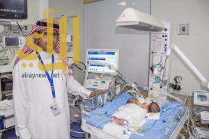 ولادة توأم سيامي يمني الجنسية بمستشفى أبها للولادة والأطفال